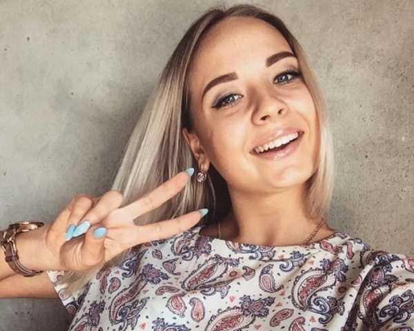 charming-girls (25)