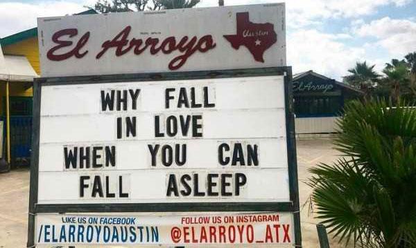 el-arroyo-restaurant-hilarious-signs-(50)