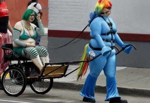 funny-bad-cosplay-costumes (6)