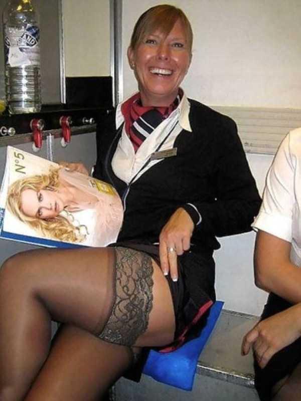 hot-sexy-stewardesses (11)