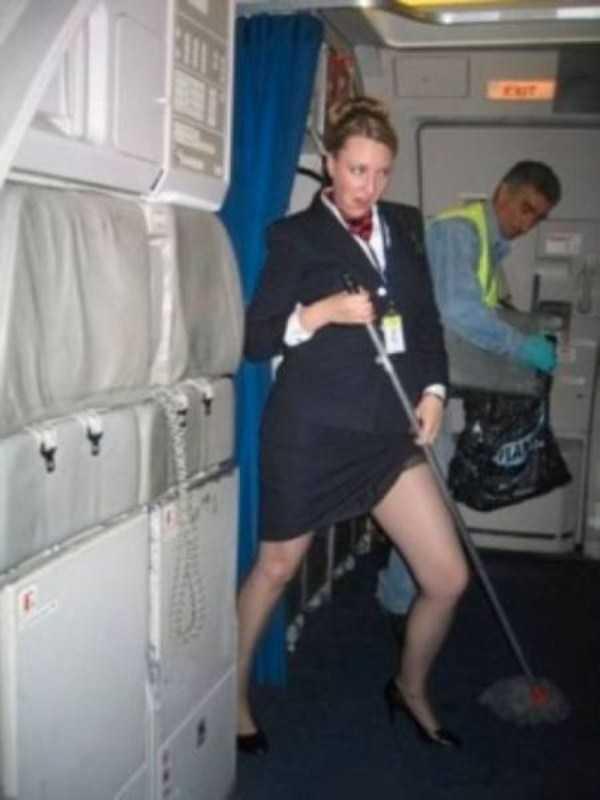 hot-sexy-stewardesses (13)