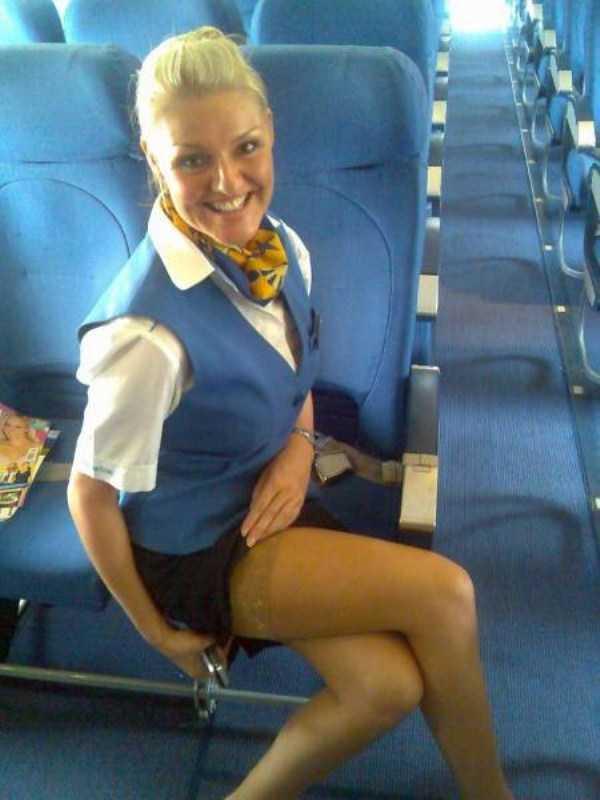hot-sexy-stewardesses (16)
