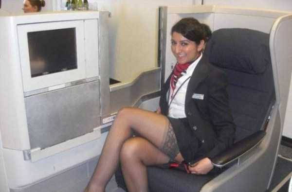hot-sexy-stewardesses (23)