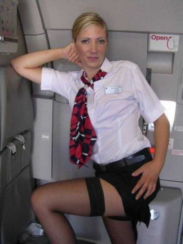 hot-sexy-stewardesses (29)