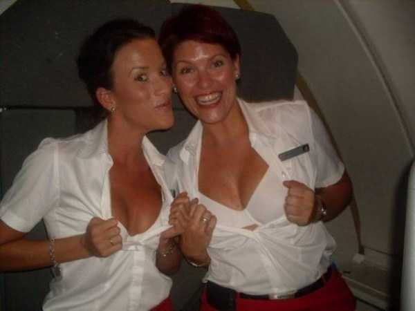 hot-sexy-stewardesses (37)