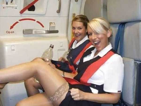 hot-sexy-stewardesses (41)