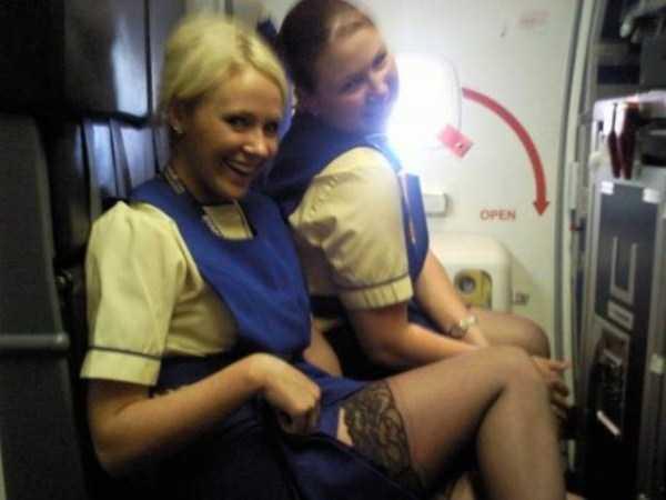 hot-sexy-stewardesses (45)