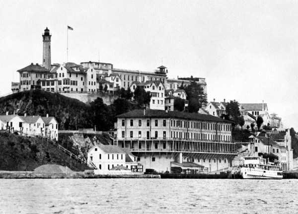 alcatraz-prison-vintage-photos (1)