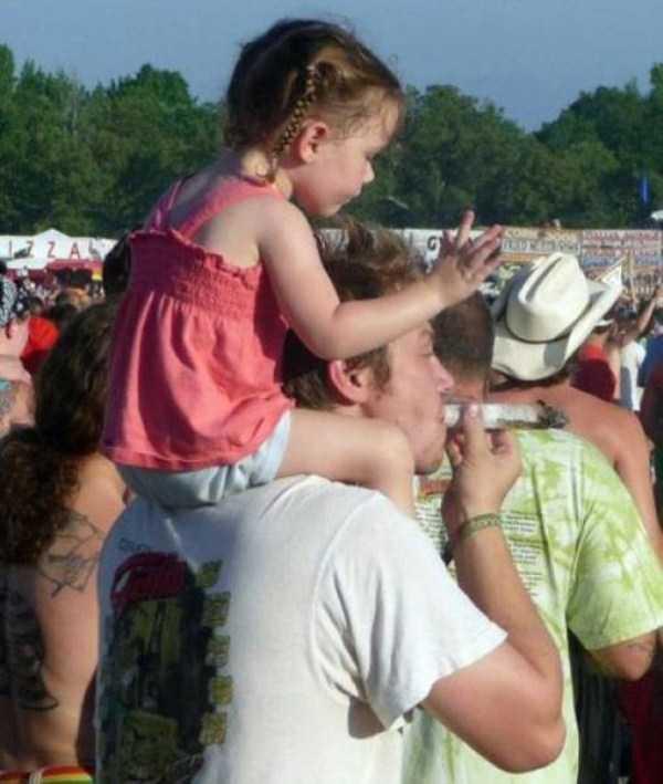 funny-music-festival-pics (32)