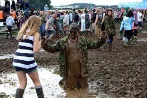 funny-music-festival-pics (9)