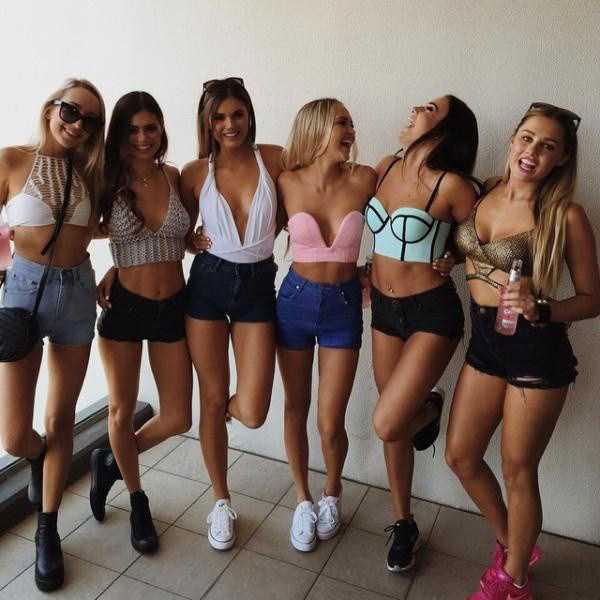sexy-girls-tiny-shorts (24)