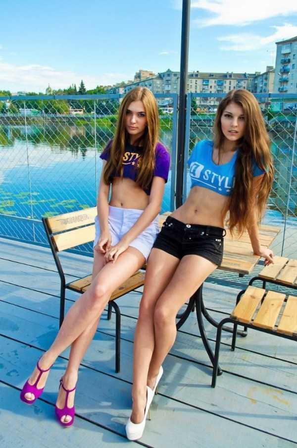 sexy-girls-tiny-shorts (5)