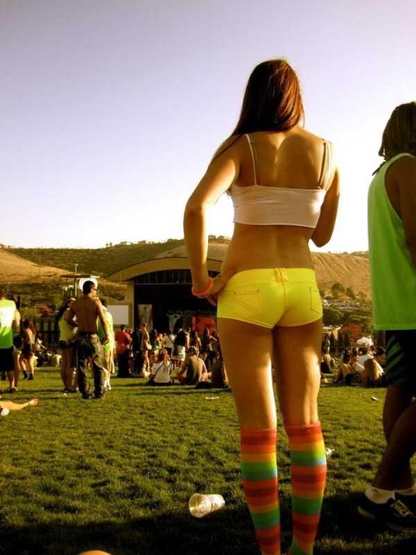 sexy-girls-tiny-shorts (7)