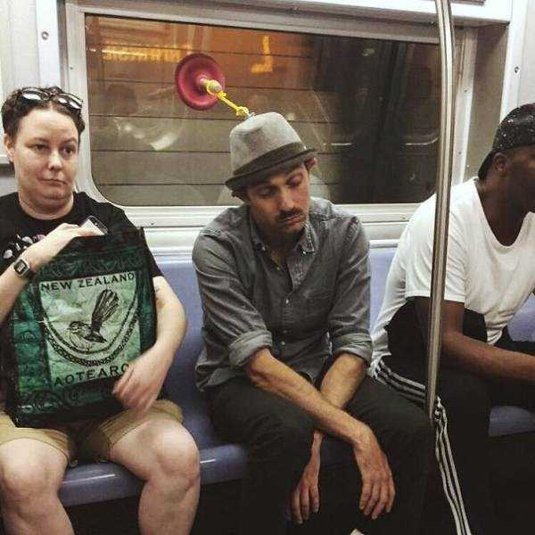 strange-subway-people (28)