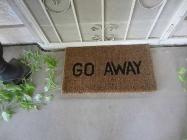 awesome-funny-doormats (5)