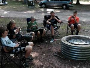 funny-camping-fails (21)