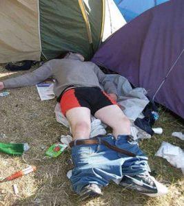 funny-camping-fails (27)