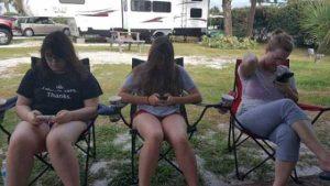funny-camping-fails (36)