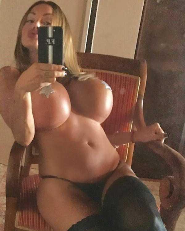 hot-women-pics (49)