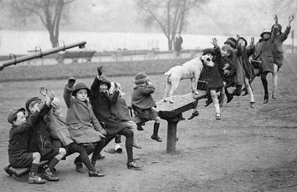 kids-playing-retro-photos (1)