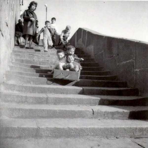 kids-playing-retro-photos (21)