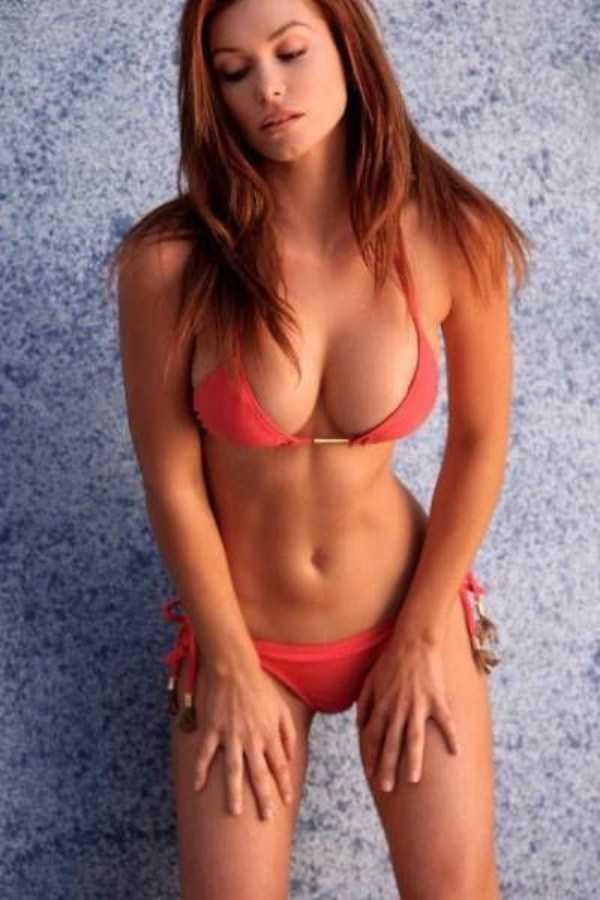 sexy-girls-with-slim-waists (14)