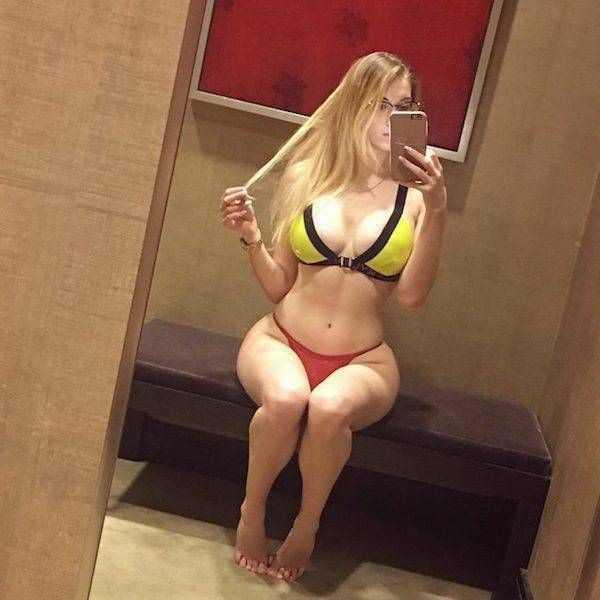 sexy-girls-with-slim-waists (28)