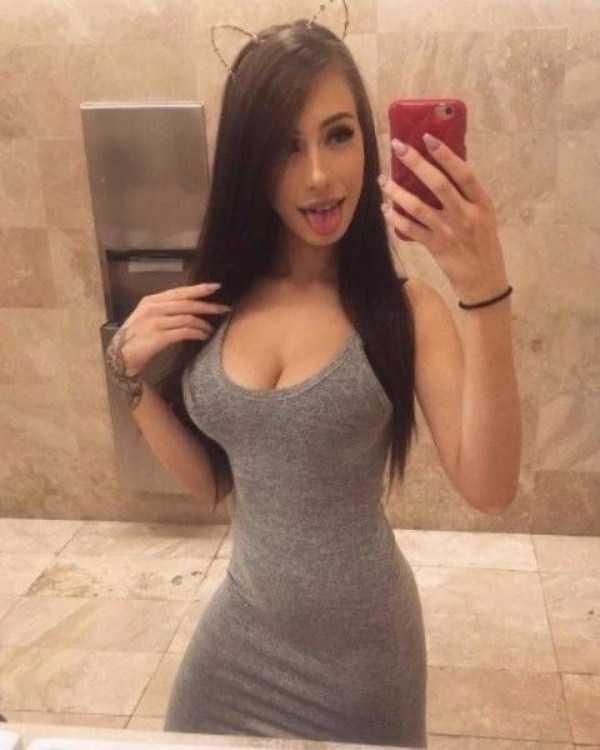 sexy-girls-with-slim-waists (6)