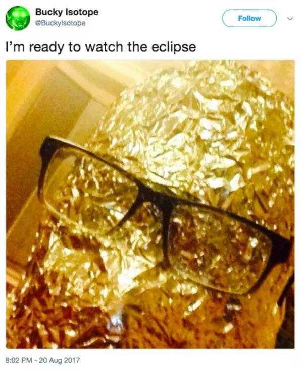 solar-eclipse-memes (27)