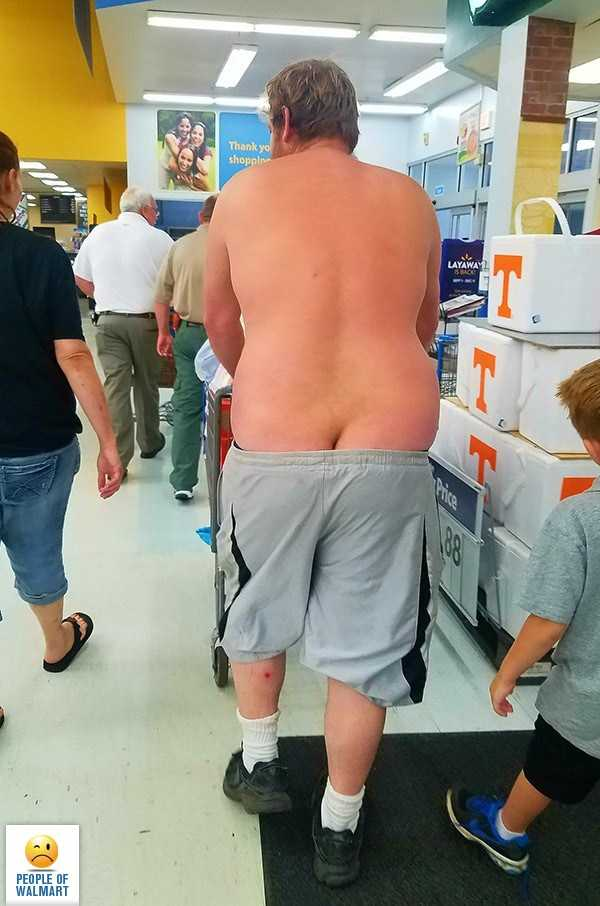 weird-people-of-walmart (19)