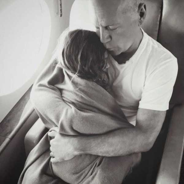 bruce-willis-as-father (9)