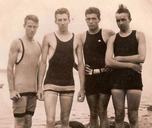 early-20th-century-men-swimwear (9)