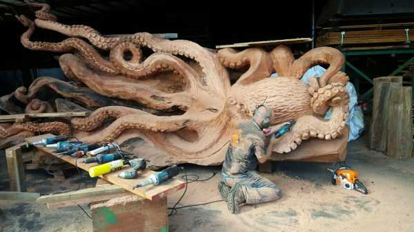 jeffrey-michael-samudosky-giant-octopus (4)