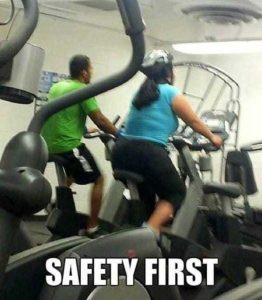 people-doing-unsafe-things (23)