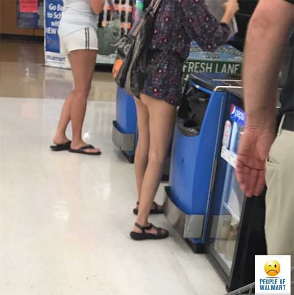 weird-walmart-customers (11)