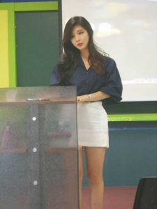 Park-Hyun-Seo-hot-teacher (15)