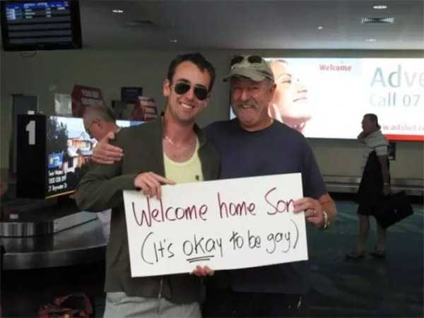 airport-welcome-signs (30)