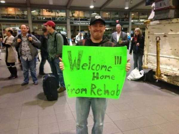 airport-welcome-signs (32)