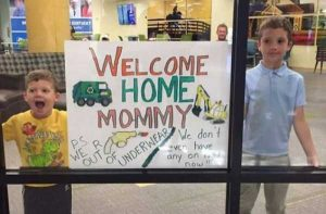 airport-welcome-signs (37)