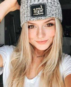 attractive-blondes (26)