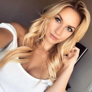 attractive-blondes (37)