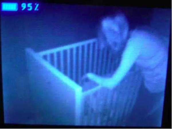 creepy-images-baby-monitors (2)