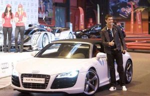 cristiano-ronaldo-cars (1)