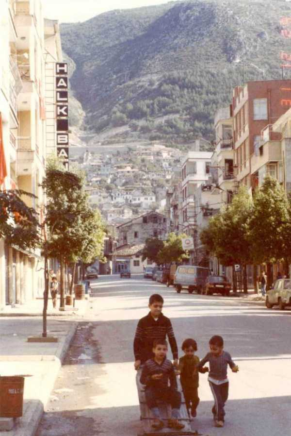 daily-life-in-turkey-1982 (35)