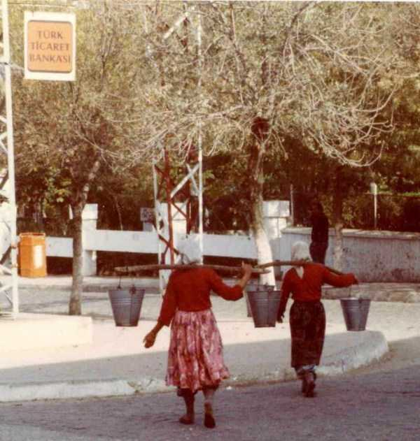 daily-life-in-turkey-1982 (38)