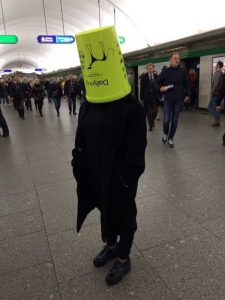 fashion-in-russian-subway (11)