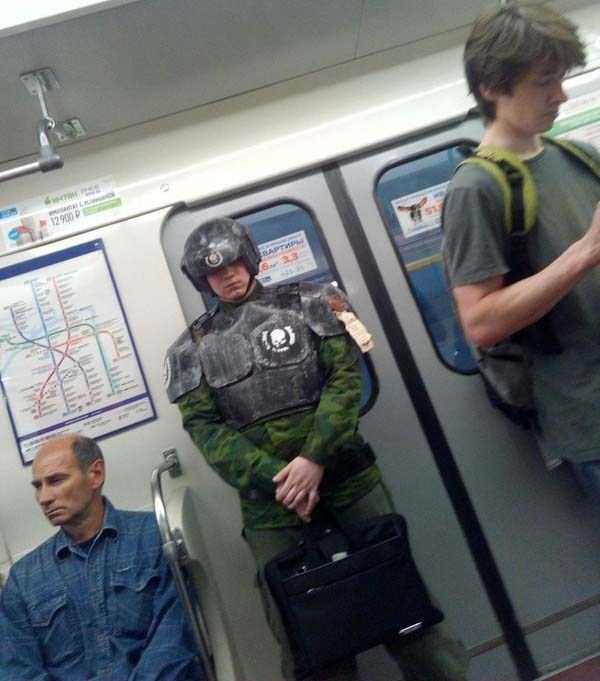 fashion-in-russian-subway (32)
