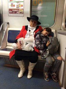 fashion-in-russian-subway (6)