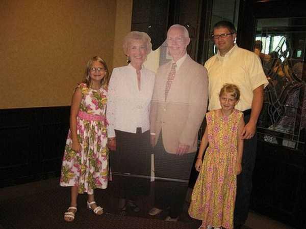 funny-awkward-familiy-pics (16)