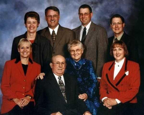 funny-awkward-familiy-pics (56)